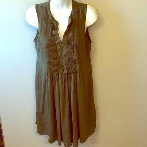 Summer dress w slip liner on inside.